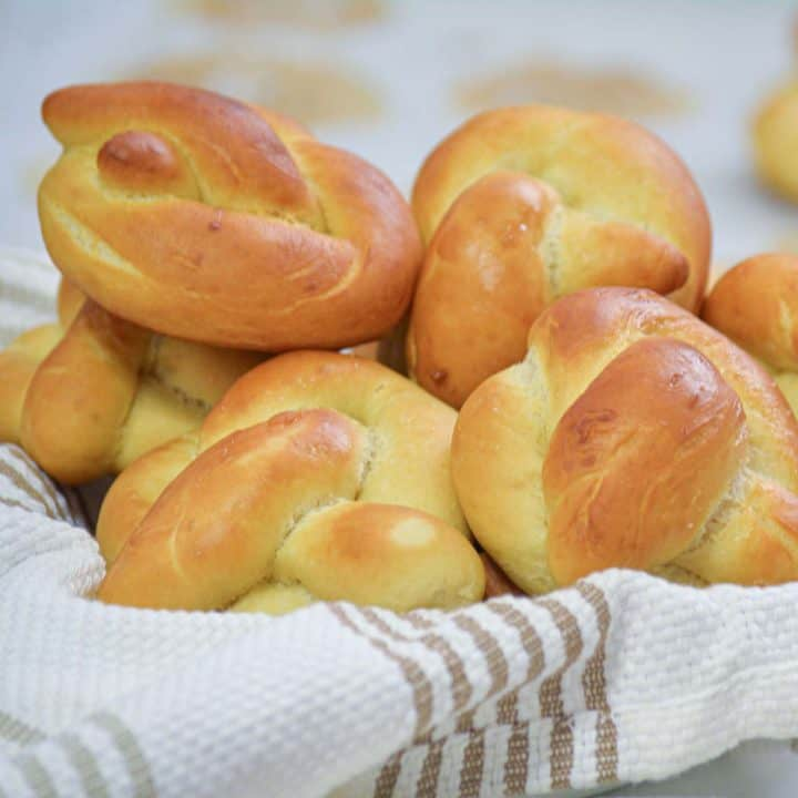 Garlic Knots recipe is one of my all time favorite.