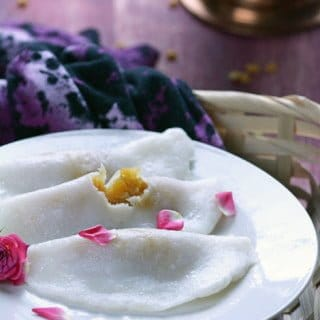 Vellam Poorna Kozhukattai- Jaggery stuffed Dumplings