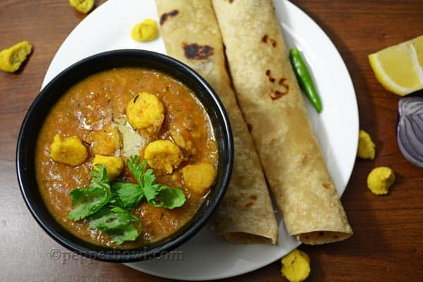 Moong Daal Vadi Curry-Mangodi Recipe