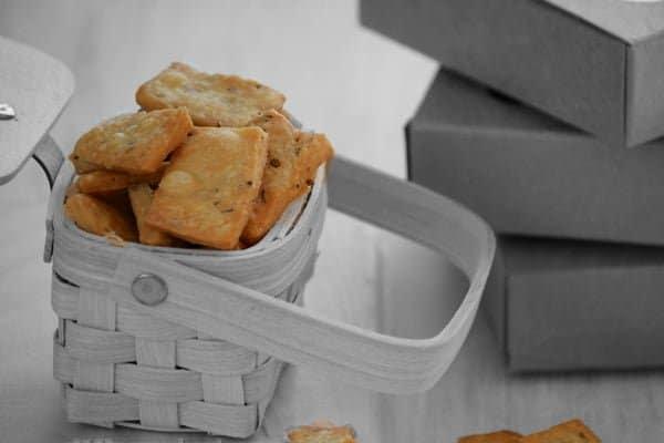 Namak Pare Recipe - Crispy crunchy snack