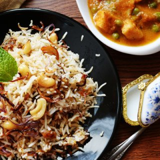 Bagara Rice recipe is from famous Hyderabadi Cuisine, which is known for its unique flavored nonvegetarian dishes.