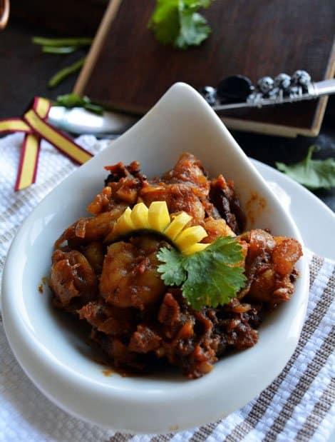 Raw Mango Shrimp Masala-Manga Era Thokku Recipe