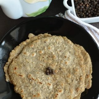 Oats Pepper Adai-Oats Dosa / Pancake, a recipe made with rolled oats/ old fashioned oats.