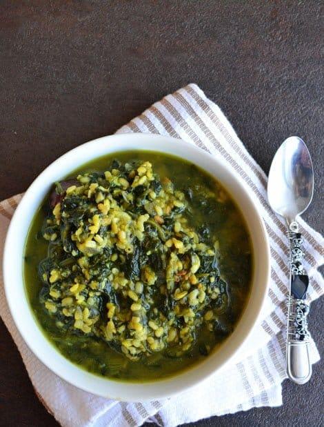 Pasalai Keerai Kootu-Spinach with Lentils