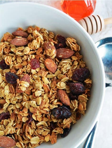 Homemade Granola Recipe with simple steps