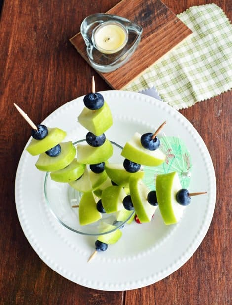 Green Apple Blue Berry on Sticks-party appetizer Recipe