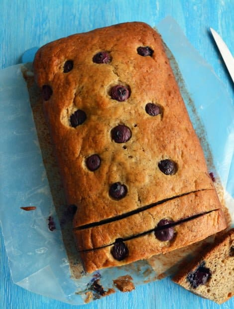 Blueberry Banana Bread-Soft and Moist Recipe