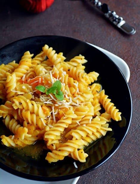 Creamy Pasta with Pumpkin Sauce Recipe