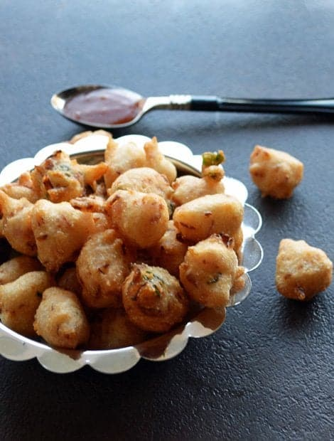 Punugulu with Idli Batter is very easy, much quicker recipe with easily available ingredients. A popular snacking recipe that does not require any side dish