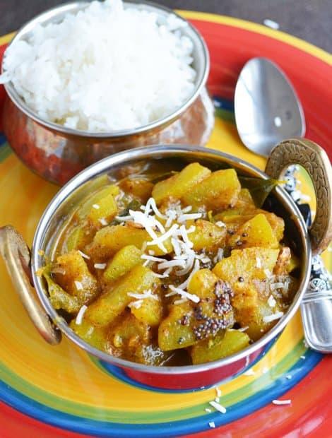 Sorakaya curry recipe, a Andhra Delicacy Recipe