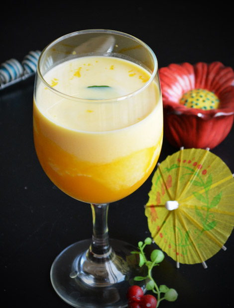 Mango milkshake with mango pulp is an excellent summer drink for everyone. It tastes delicious with canned mango pulp and without adding ice cream.