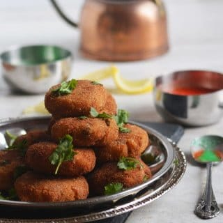 Potato Cutlet Recipe (Aloo Tikki)