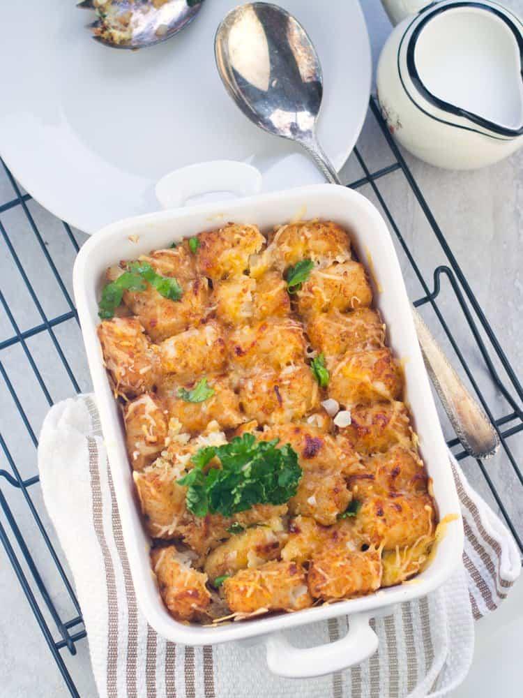 tater tot breakfast casserole is simple and easy recipe best for weekend breakfast or brunch.