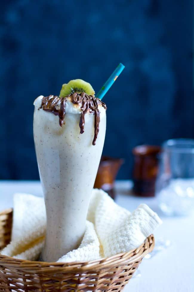 Kiwi milk shake / Smoothie Recipe, Healthy and Delicious