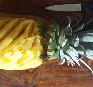 Cutting Pineapple Made Easy with 5 simple steps
