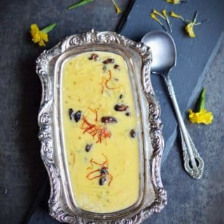 Mango Semiya Payasam recipe yields sweet, mango flavored semi thick kheer with great texture. Perfect recipe for making to large gatherings and potlucks. | pepperbowl.com