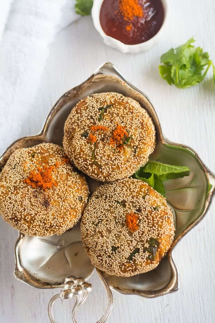 Paneer Cutlet recipe with step by step pictures. Vegetarian Appetizer, teatime snack. pepperbowl.com