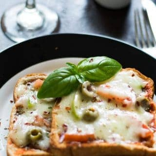 Bread pizza without oven