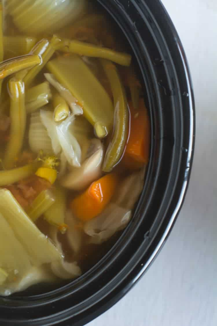 An easy and healthy recipe of Homemade vegetable broth. Best way to extract all the nutrients of the vegetables and it is more beneficial to the store bought products.