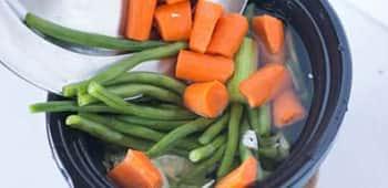 vegetable-stock-slow-cooker--scraps