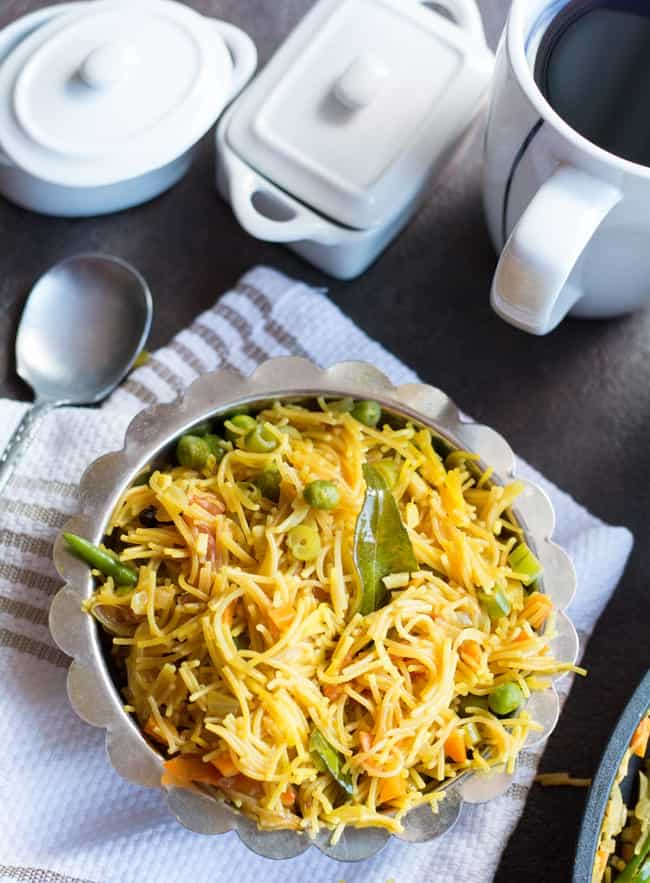 Vermicelli kichadi recipe, a vegan breakfast recipe. Made with step by step pictures.