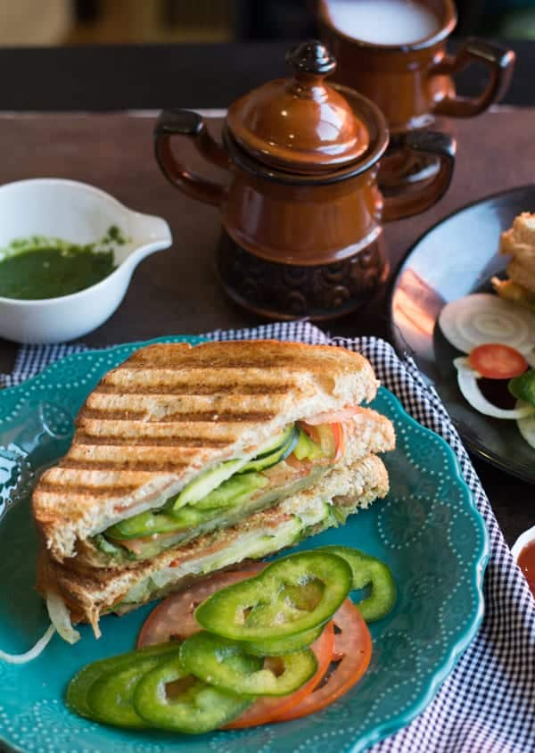 Healthy Bombay toast sandwich recipe is an easy breakfast. Made with onion, tomato, potato. Tasty with green chutney. This is an Indian style masala sandwich. Great vegetarian breakfast for the whole family.