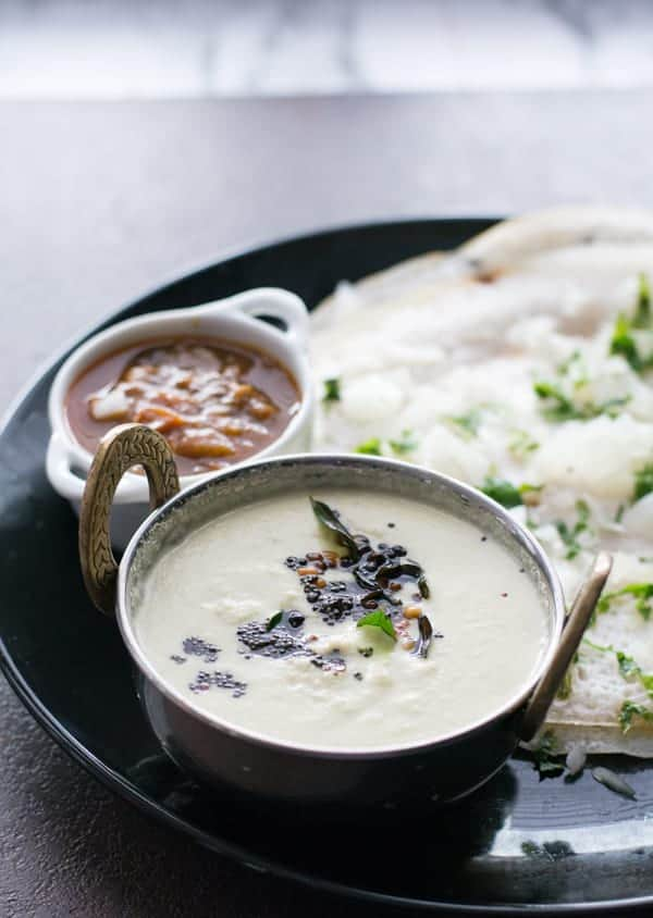 How to make coconut chutney? Well, this is an easy side dish recipe for Idli or for Dosa or for any other South Indian breakfast.