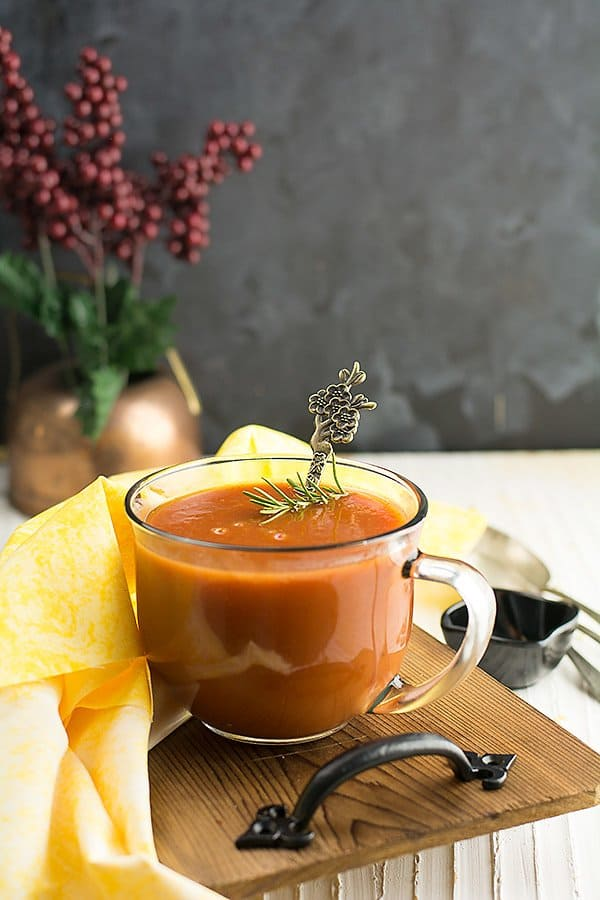 How does this tomato soup from Tomato paste tastes like? This taste creamy with the beautiful flavor of tomato and with the hint of garlic's flavor. The tartness of the tomato paste is balanced well with the almond milk. And the basil and olive oil enhance the soup's aroma and taste.