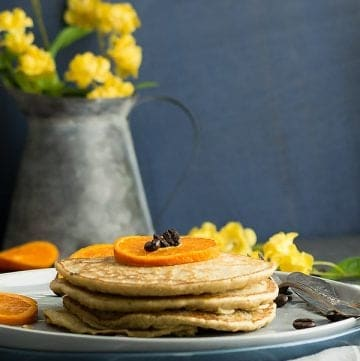 This wholewheat coffee pancake recipe, super fancy morning dish that transformed from the classic pancake recipe. A failproof recipe for making a delicious and easy pancake in the skillet with wholewheat flour and egg.