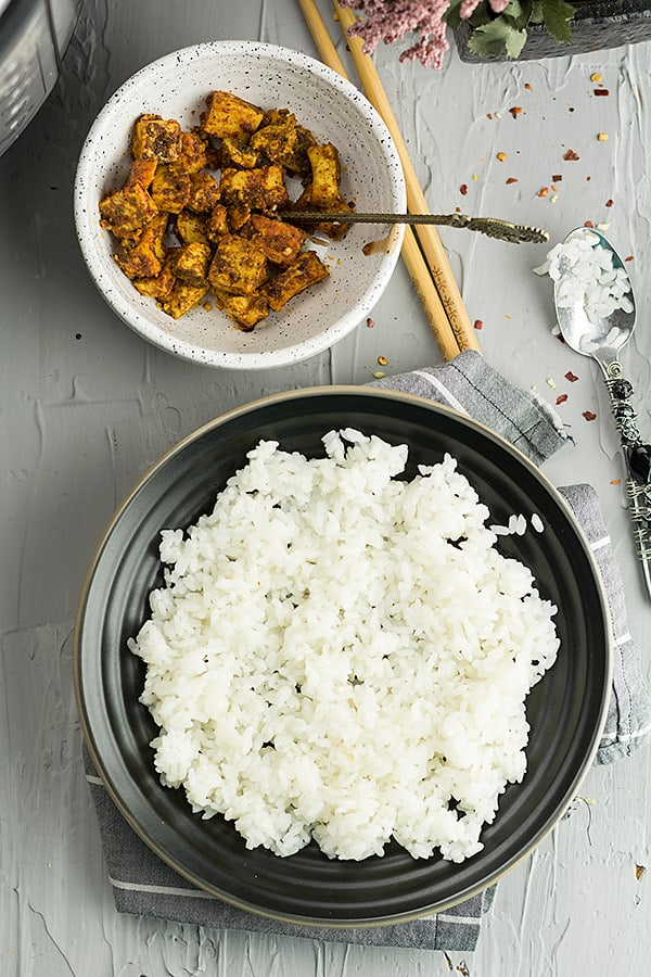 This Instant pot sushi rice is very simple that you can ever imagine.If you love sushi and never want to try it because of its delicate cooking process, here you go. This post is built especially for you. Learn how to cook sushi rice with easy tips and techniques.