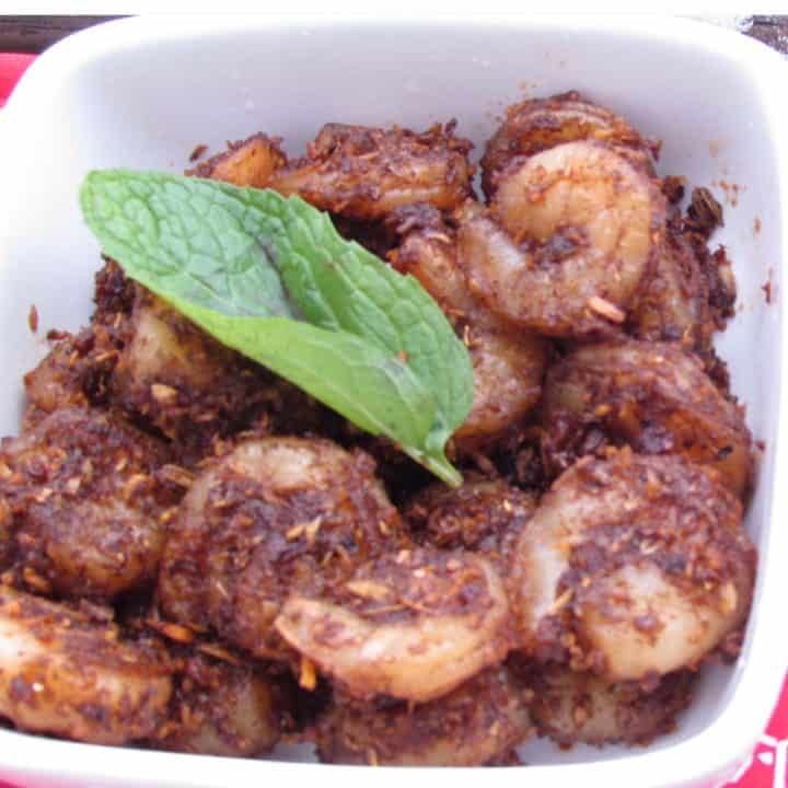 Chettinad Shrimp Sukka is super quick side dish.