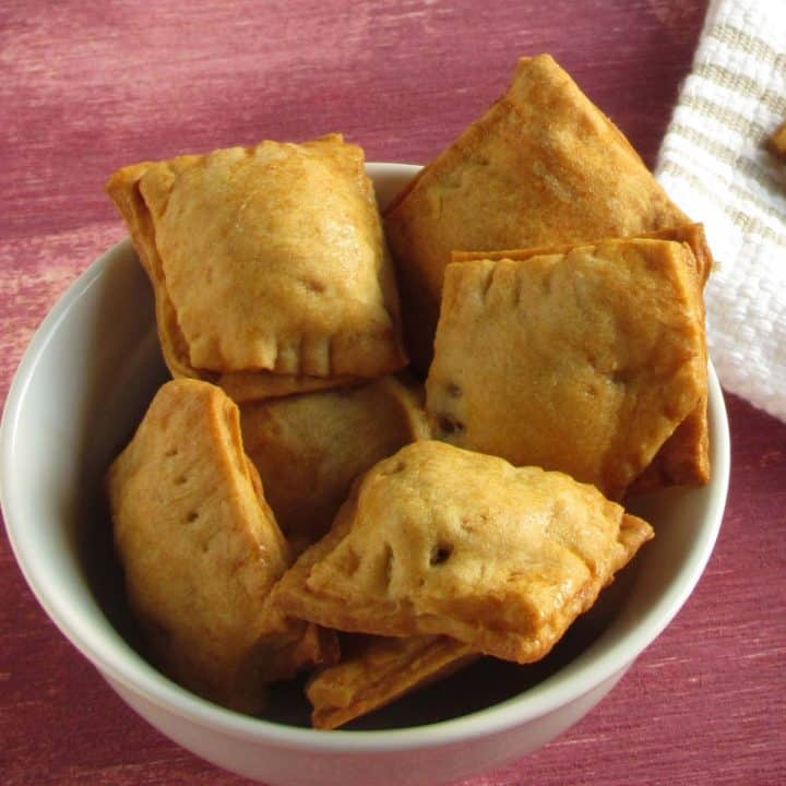 Diy hot pocket cookies, spicy with interesting filling!