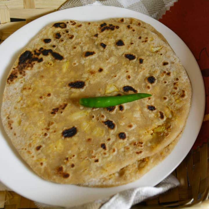 Cauliflower paratha, filling and family friendly!