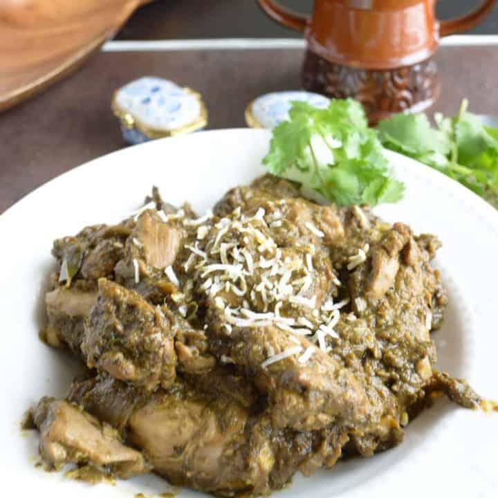 Coriander pepper chicken, aromatic with warm spices.