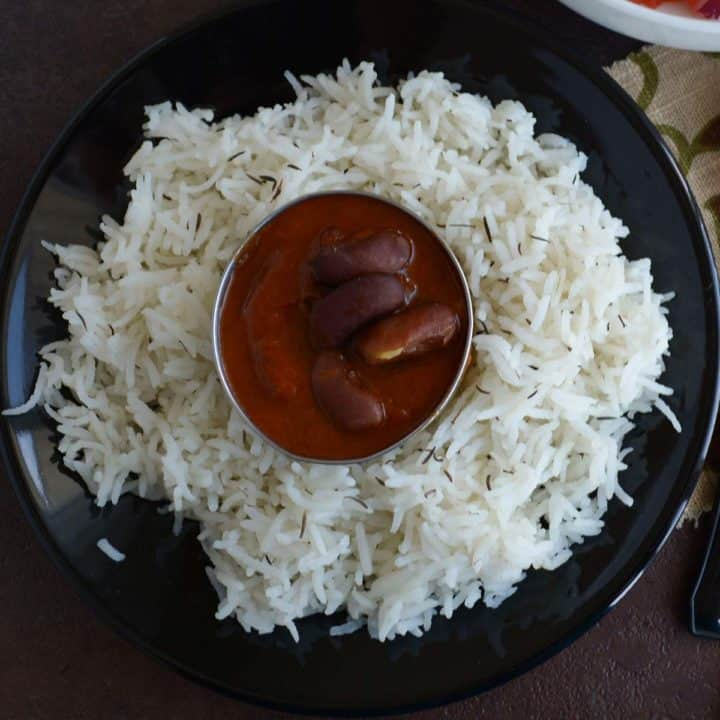 Rajma masala served over the bed if steamed rice.