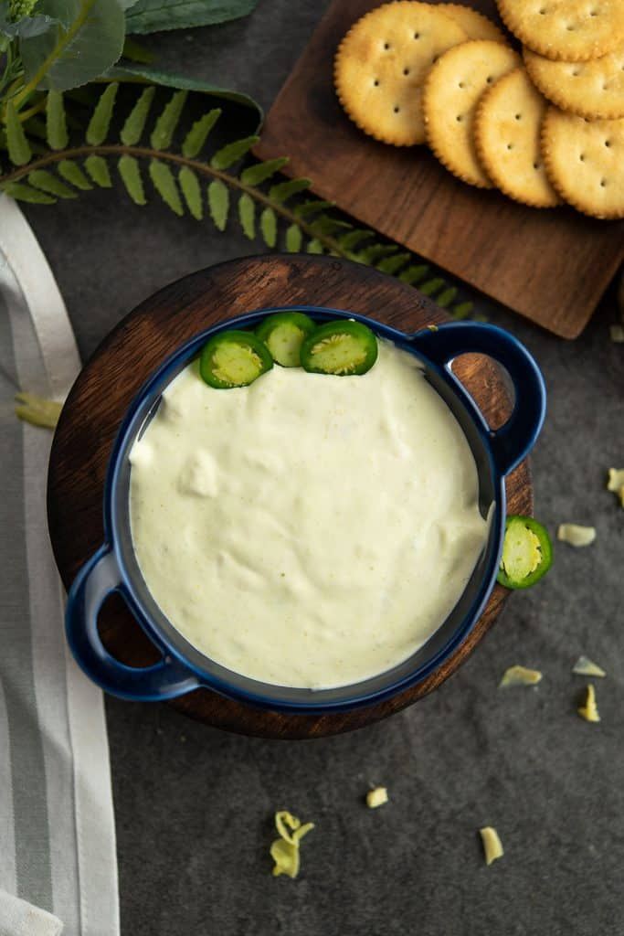 This delicious Jalapeno sour cream dip is ready under 5 minutes effortlessly. Its tastes creamy and mildly spicy.
